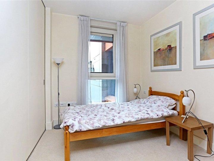 3 bedroom apartment to rent 2 Praed Street, London, W2 slide5
