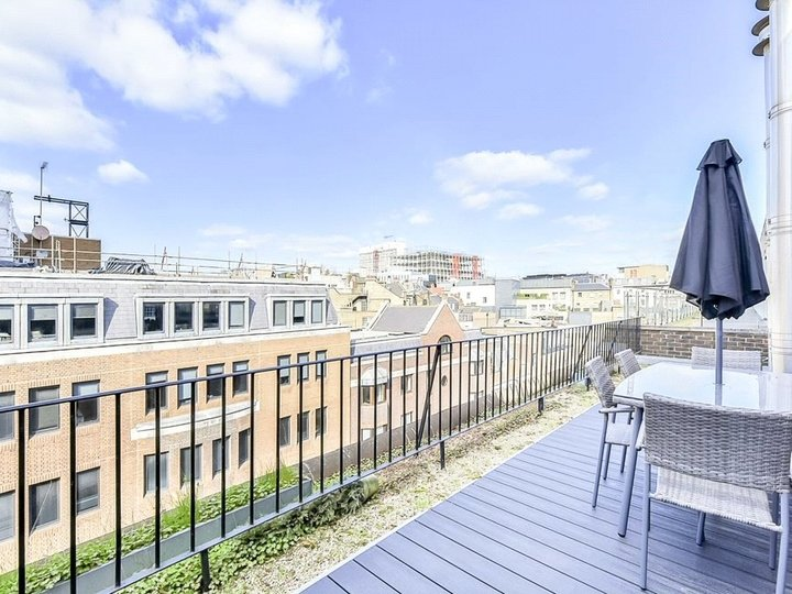 2 bedroom apartment to rent Brook's Mews, Marble Arch, London, W1K slide7
