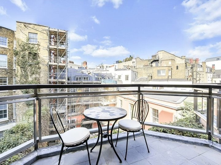2 bedroom apartment to rent Brook's Mews, Marble Arch, London, W1K slide6